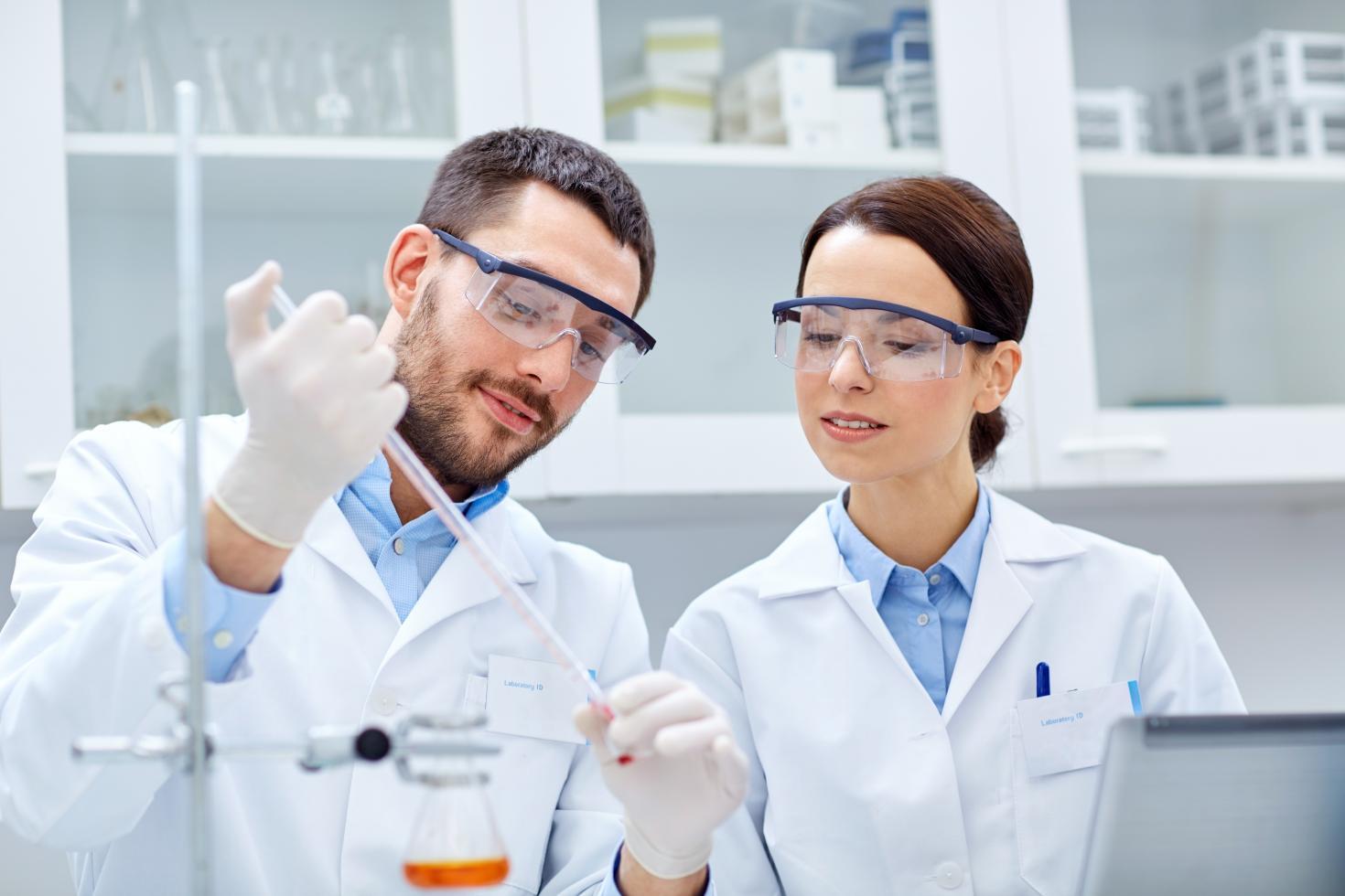 Fundamentos de Química Analítica para Personal de Laboratorio y de Soporte
